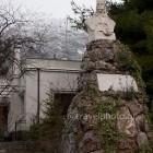 Arachova village - monument