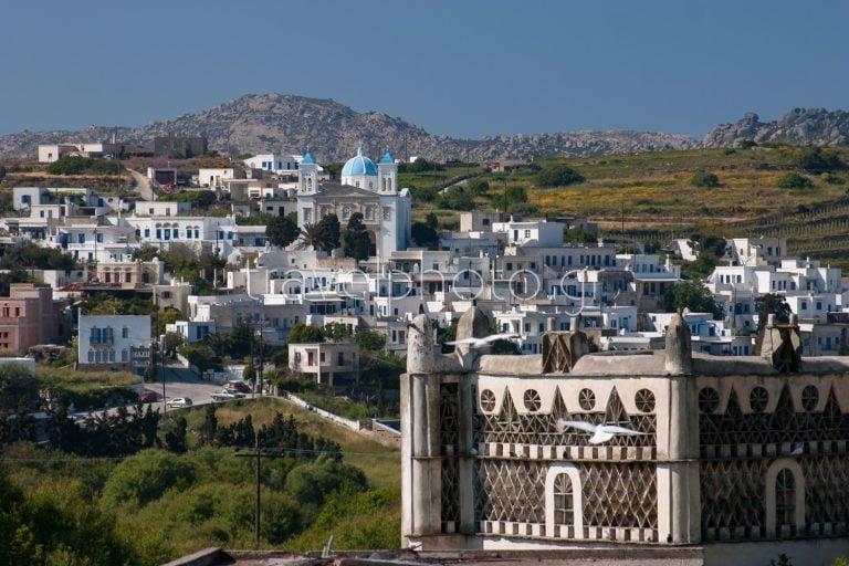 Φωτογραφίες απο την Τήνο και το χωριό Πύργος