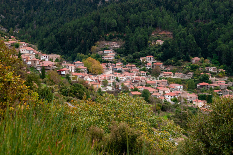 Tsintzina village in Parnonas mountain