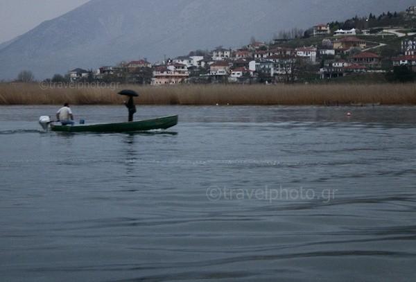 Ioannina-Giannena-lake-Pamvotida
