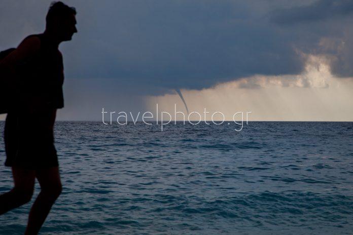 Από την παραλία Πόρτο Κατσίκι