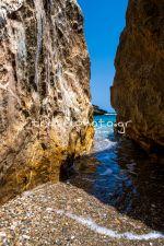 Παραλία στη νότια Εύβοια, περιοχή Κάβο Ντόρο (Καφηρέας))